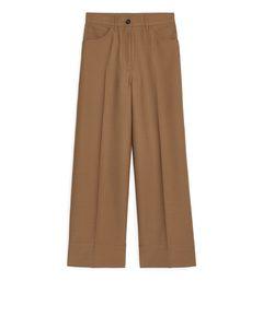 Fluid Wool Stretch Trousers Dark Beige