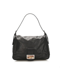 Fendi Mamma Forever Leather Baguette Bag Black