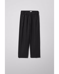 Amelia Woven Trousers Black