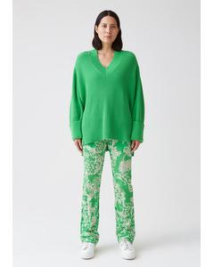 Moon Sweater Pea Green