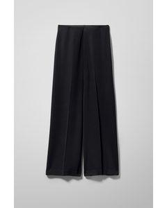 Julia Fluid Trousers Black