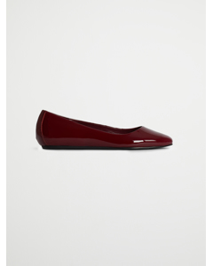 Dina Flat Deep Red Patent