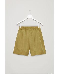 Wide Elastic-waist Shorts