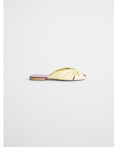 Gothe Sandaal met vierkante neus Geel