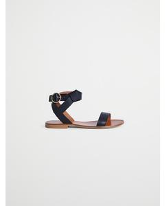 Starck Kriskras zwarte sandaal