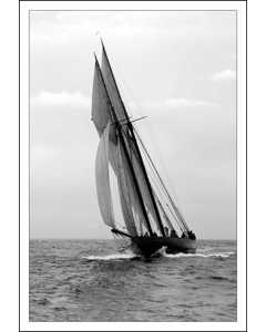 Yacht Ariel 1900 Bow Shoot