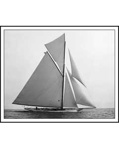 Yacht Constitution Sloop 1901 Sideview