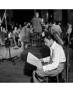 [portrait Of Frank Sinatra, Liederkrantz Hall, New York, N.y., Ca. 1947]