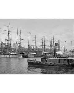 East River Docks. New York