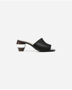 Laura Nappa Black