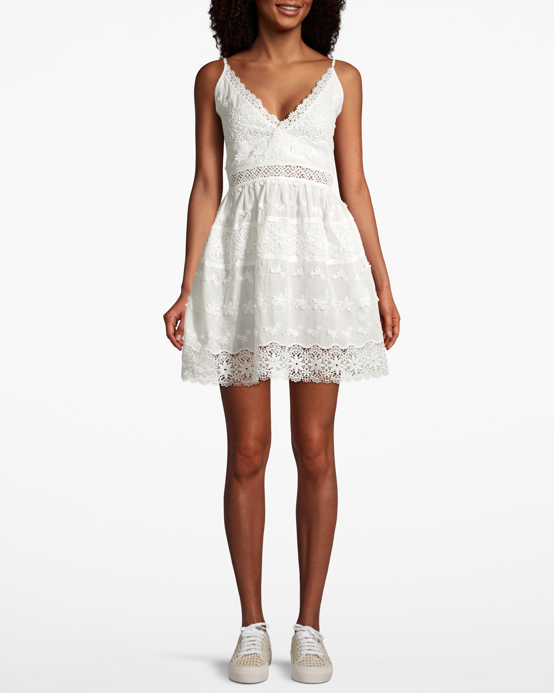 Ella Dress White | Upp till 70% |