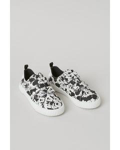 Sneakers I Canvas Svart/musse Pigg