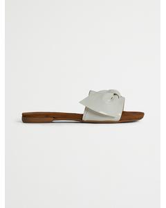 Biabonnie Assym. Bow Slide  White