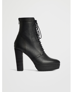Tangled Boot Grained Black