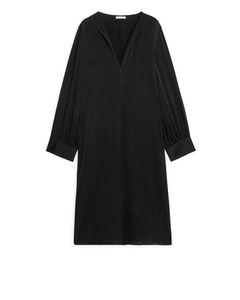 Short Long-Sleeved Dress Black