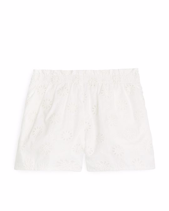 Arket Embroidered Paperbag Shorts White