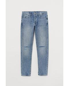 Slim Straight Jeans Hellblau/Trashed