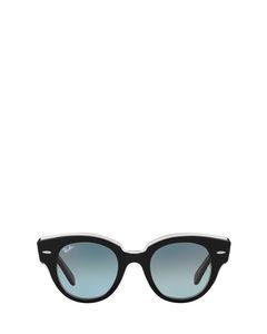 Rb2192 Black On Transparent Zonnenbrillen