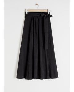 Belted Midi Side Slit Skirt Black
