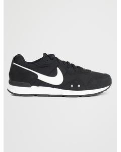 Nike Venture Runner A Black/white-black