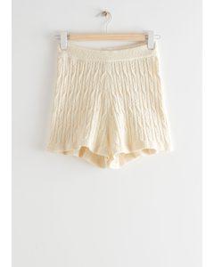 Shorts mit Zopfmuster Cremefarben