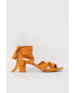 Sandaletter Med Knytband Orange