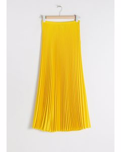 Pleated Midi Skirt Yellow