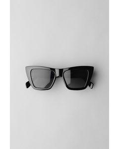 The Sail Cateye Sunglasses Black