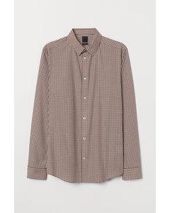 Easy Iron-skjorta Slim Fit Brun/vitrutig