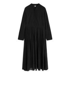 Pleated Crêpe Dress Black