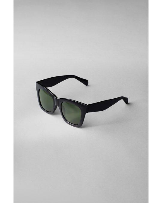 Weekday Voyage Sunglasses Black