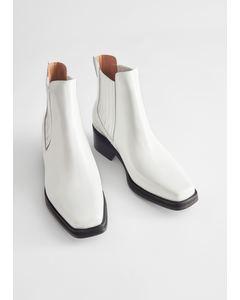 Boot White