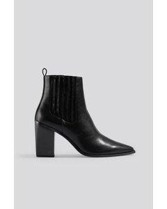 Pointy Block Heel Boots Black