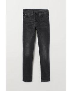 Tech Stretch Slim Jeans Schwarz