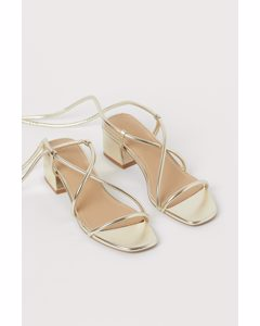 Sandaletten Goldfarben