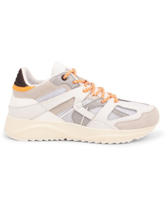 Sneakers Eve