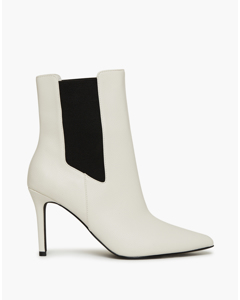 Slim Shape Boot White