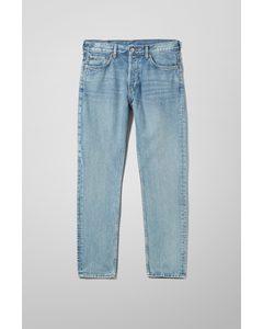 Pine Jeans mit mittlerer Bundhöhe und konisch zulaufendem Bein Mittelblau