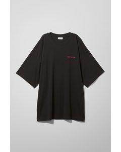 Huge Printed T-shirt Black