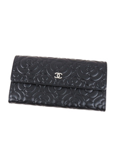 Chanel Camellia Leather Long Wallet Black