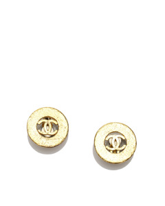 Chanel Cc Clip-on Earrings Gold