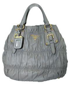 Hellbraune Nappa Gaufre Tasche