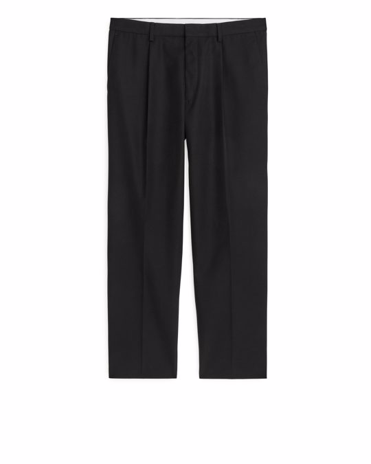 Arket Regular Pleat Trousers Black