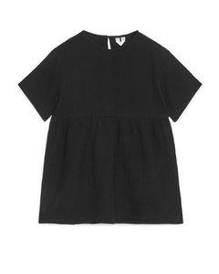 Locker sitzendes Musselin-Kleid Schwarz