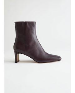 Slim Block Heel Leather Boots Red