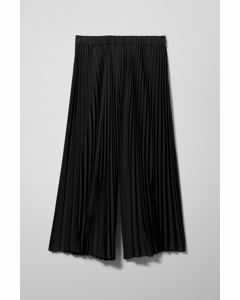 Pixie Pleated Trousers Black