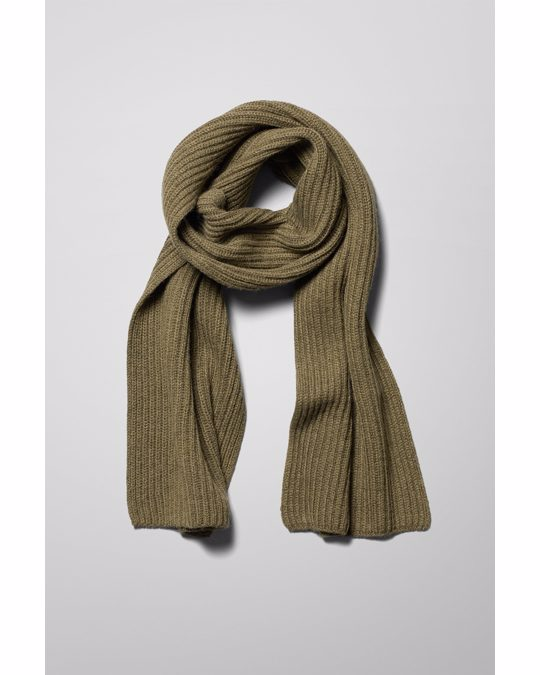 Weekday Place Knit Scarf Green