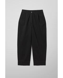 Mino Trousers Black