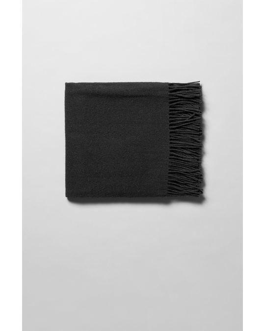 Weekday Rei Wool Scarf Black