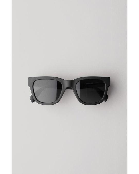 Weekday Travel Sunglasses Black